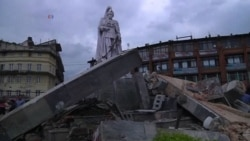 Major Quake Strikes Nepal