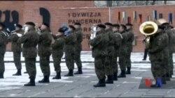 США відправляють в країни Балтії тисячі військових, щоб посилити оборону НАТО перед російською агресією. Відео