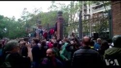 Référendum en Catalogne : charges de la police et tirs de balles en caoutchouc (vidéo)