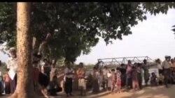 缅甸难民船倾覆 多人恐葬身大海