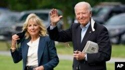 صدر جوبائیڈن اور خاتون اول جل بائیڈن (فائل ٖوٹو)