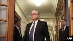 Grčki premijer u ostavci Lukas Papadimos