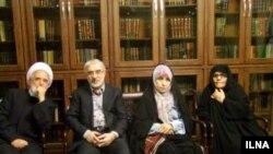 زهرا رهنورد، میرحسین موسوی و مهدی کروبی از بهمن ۱۳۸۹ در خانه های شان زندانی هستند.