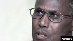 Kenyan Internal Security Minister George Saitoti (file photo)