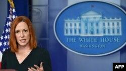 Джен Псаки отвечает на вопросы журналистов на пресс-брифинге в Белом доме, 4 мая 2021 года