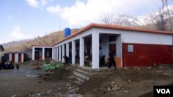 بچوں کے لیے تعمیر کیا جانے والا ایک سکول