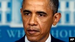 Presiden Barack Obama berbicara di Ruang Briefing Pers James Brady di Gedung Putih in Washington, Monday, April 15, 2013, following the explosions at the Boston Marathon. (AP Photo/Charles Dharapak)
