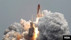 El regreso del Atlantis se espera para el jueves 21 de julio de 2011 por la mañana.