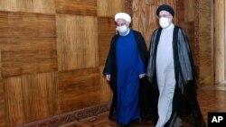 روحانی در کنار رئیسی - آرشیو