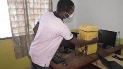 Au Bénin, un laboratoire de fabrication numérique convertit des jerricans en plastique en ordinateurs