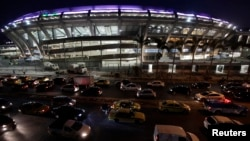 Heavy traffic is pictured during rush hour in front of Maracana stadium, one of the venues hosting the upcoming Confederations Cup, in Rio de Janeiro, June 7, 2013.