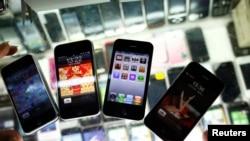 iPhones falsos en Shangai. Los nuevos y de verdad serán lanzados el próximo miércoles.