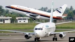 Pesawat-pesawat di Bandar Udara Internasional Soekarno-Hatta International di Jakarta. (Foto: Dok)