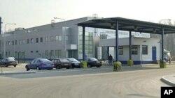 Здание завода американской компании Kraft Foods в 20 километрах от Санкт-Петербурга