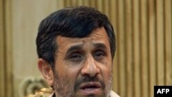 İran Cumhurbaşkanı Mahmud Ahmedinejat'tan Yine İsrail'e Mesajlar
