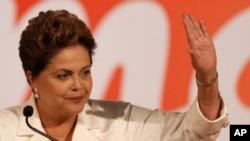 Đương kim Tổng thống Brazil Dilma Rousseff tại một cuộc họp báo ở Brasilia, ngày 5/10/2014.
