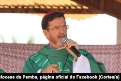 """Dom Luíz Lisboa:""""Mas como é que (a situação) está sob controlo se as pessoas continuam a morrer?,"""