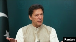 Umushikiranganji wa mbere wa Pakistani Imran Khan