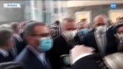 """Erdoğan: """"Siyasete Soyunacaksa Görevinde Kalmamalı"""""""