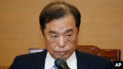 Kim Byong-joon, yang dinominasikan Presiden Park sebagai Perdana Menteri, berbicara kepada media di Seoul, Korea Selatan (3/11).