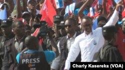 Rais Paul Kagame akiwa katika kampeni Rwanda