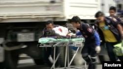 Pomoć povredjenima nakon napada na Tajlandu