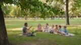 В школу на каникулах: почему вырос спрос на учебу летом