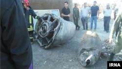 قطعه ای از موتور هواپیما در اسلامشهر افتاد