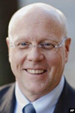 Charles Lyons
