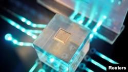 Chip-chip Huawei dibuat oleh kontraktor yang memerlukan teknologi manufakturing AS.