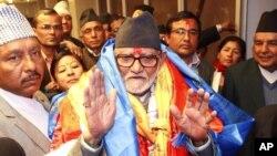Perdana Menteri Nepal Sushil Koirala usai dilantik di Katmandu, Nepal, Februari 2014. (AP/Niranjan Shrestha)