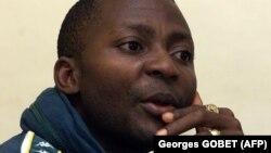 Gibril Massaquoi dans sa maison en Sierra Leone, le 26 septembre 2001.