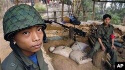 국경초소를 지키는 버마 신병들 (자료사진)