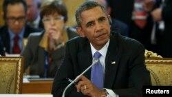 Shugaban kasar Amurka Barack Obama a wajen taron G20 a St. Petersburg, kasar Rasha