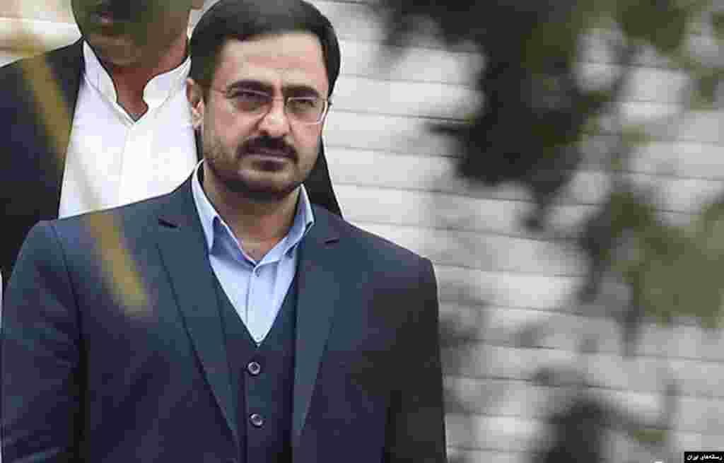 سعید مرتضوی دادستان پیشین تهران و مقام قضایی بعد از چند هفته بالاخره دستگیر شد. فکر می کنید او دو سال در زندان خواهد بود یا زودتر آزاد می شود؟