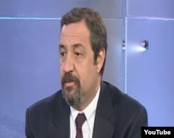 Profesör Dr. Turgay Arınsoy