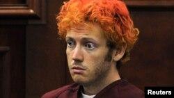 23일 법정에 출두한 콜로라도 주 총기 난사 사건의 용의자 제임스 홈스.