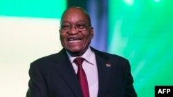 Le président de l'Afrique du Sud s'exprime à Johannesburg le 15 décembre 2017.