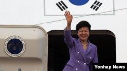 지난달 10일 미국을 국빈 방문한 박근혜 한국 대통령. (자료사진)
