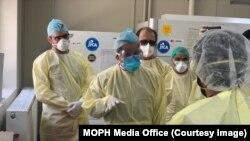 په افغانستان کې د کرونا ویروس د ټولو مثبتو پېښو شمېر ۴۶۲۱۵ ته پورته شوی