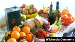 A new study suggests that a Mediterranean diet could be better than statins at fighting heart disease.