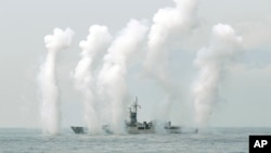 Một tàu chiến của hải quân Đài Loan tham gia một cuộc tập trận để thể hiện năng lực phòng vệ Eo biển Đài Loan, đông bắc Đài Loan, ngày 13 tháng 4, 2018.