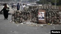埃及前总统穆尔西的支持者设置的路障