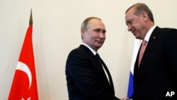 Putin'in Türkiye'ye gidişi, Erdoğan'ın St. Petersburg ziyaretinin ardından iade-i ziyaret olarak yorumlanıyor