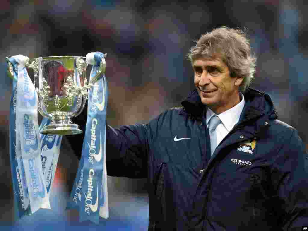 Manajan Manchester City, Manuel Pellegrini, rike da kofin Lig na Ingila