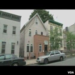 Muslimani, useljenici u New York iz Egipta, imaju džamiju u adaptiranoj kući na Staten Islandu