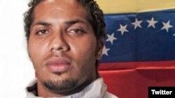 Vilca Fernández, estudiante peruano preso político en Venezuela, después que escribió un tuit contra Diosdado Cabello. Foto: Twitter exalcalde Antonio Ledezma. Mayo 17, 2018