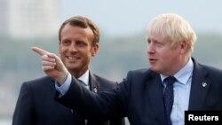 英国首相约翰逊8月24日抵达法国,出席周末举行的7国集团峰会。路透社
