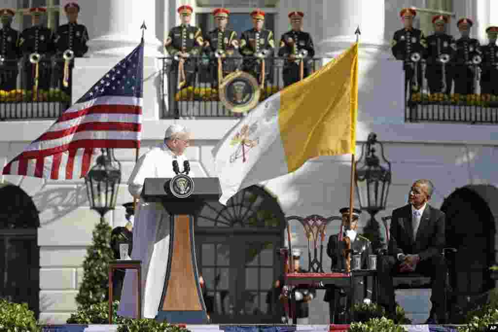 Planirano je da tokom svoje prve posete SAD-u poglavar rimokatoličke crkve održi govor pred pred oba doma Kongresa i obrati se članovima Generalne skupštine UN-a.