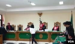 Suasana sidang putusan kasus suap jaksa di Pengadilan Tipikor Yogyakarta, Kamis, 16 Januari 2020. (Foto:VOA/ Nurhadi)